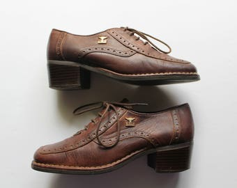 691be97af0d1 Vintage Women s Joe Sanchez Brown Genuine Leather Oxford Shoes With Heels  1970s