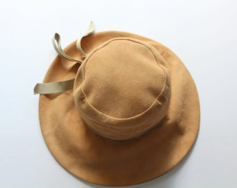 7077b979eb8 Vintage Chesterfield Original Tan Suede Wide Brim Floppy Hat 1960s