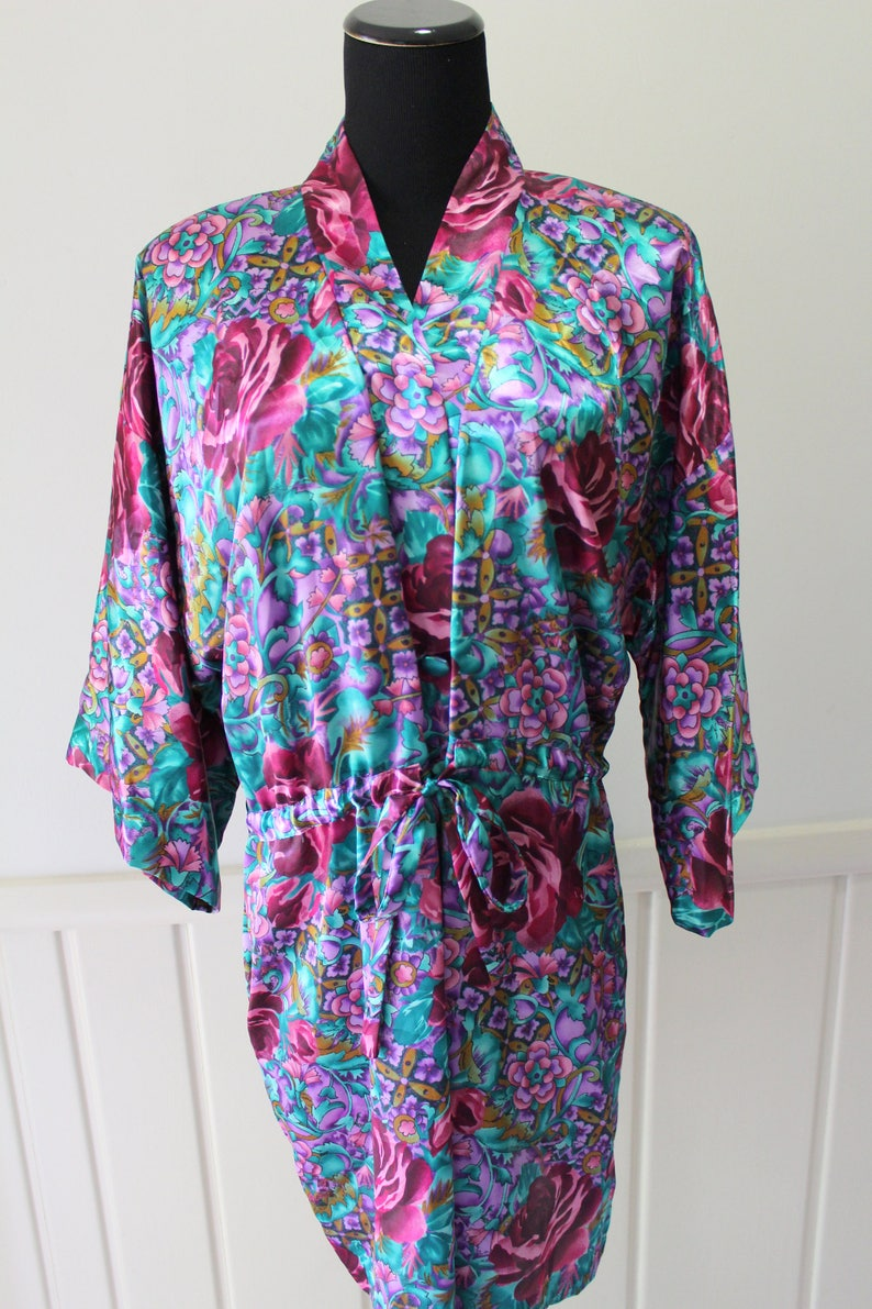 Vintage California Dynasty Floral Pattern Robe Size Large 1980s