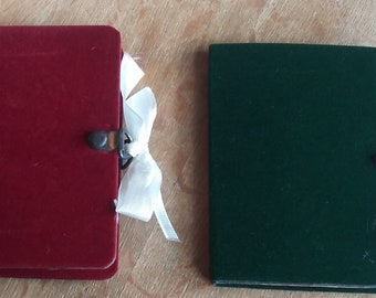 """The """"Little Red  Book"""" Modern Insert-The perfect accessory for a December Junk Journal., Mini Red Christmas Journal"""
