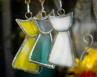 Scrappy Cat Suncatcher, Cat lover gift, Stained Glass Suncatcher