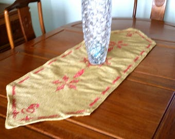Sparkly Golden Table Runner