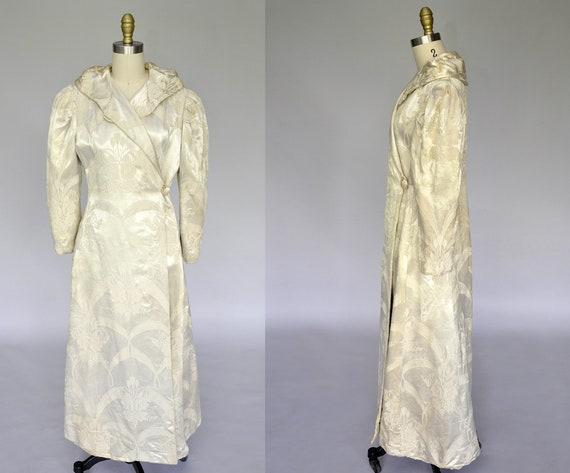 1930s satin coat | vintage 30s 40s ivory brocade r