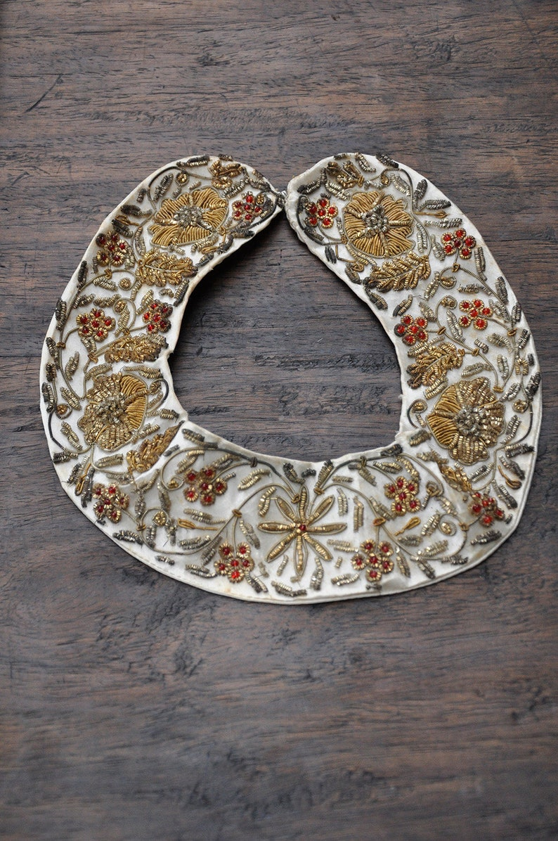 vintage beaded collar  1930s 40s hand stitched collar  image 0