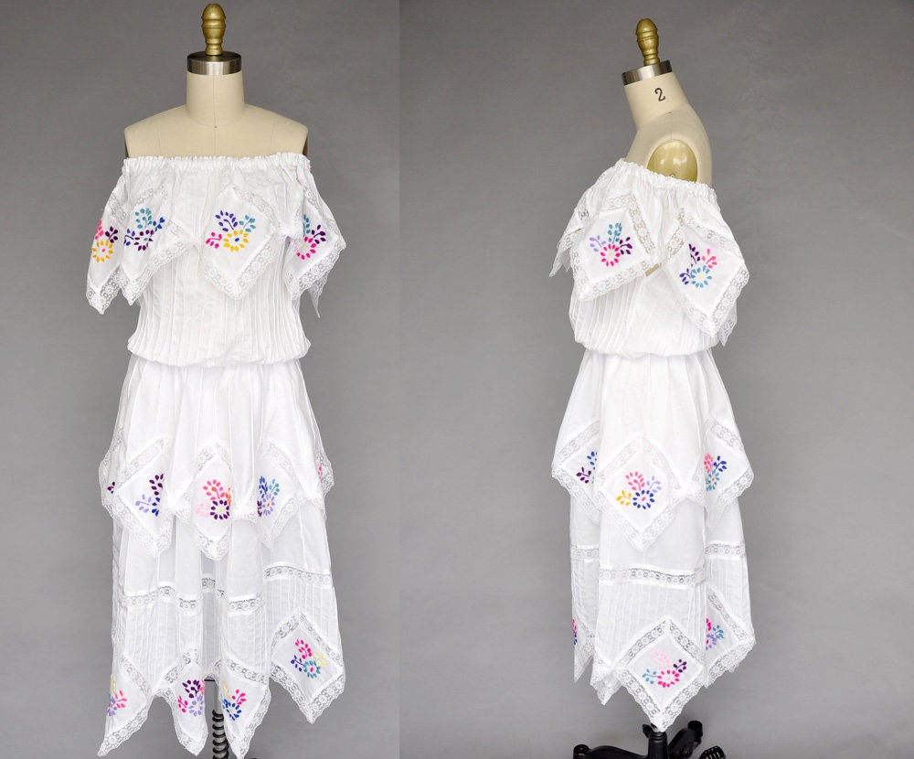 af61bf8189ec2 70s mexican dress vintage 1970s floral dress mexican
