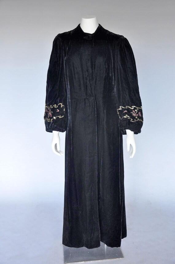 1930s 40s black velvet opera coat | vintage 40s v… - image 2