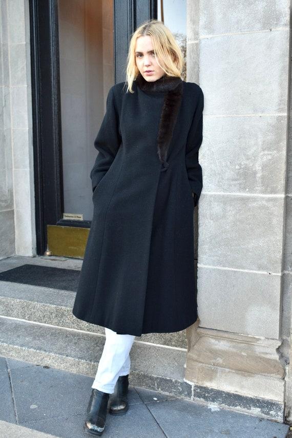 Vintage 1980s Pauline Trigere Black Wool Coat wit… - image 3