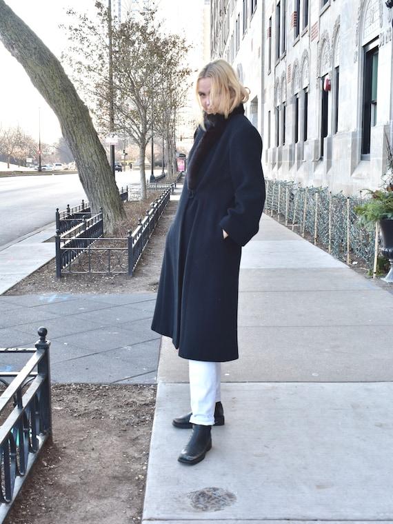 Vintage 1980s Pauline Trigere Black Wool Coat wit… - image 6