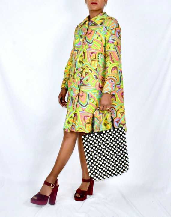 Vintage 1960s Mod Psychedelic Print Car Coat by Je