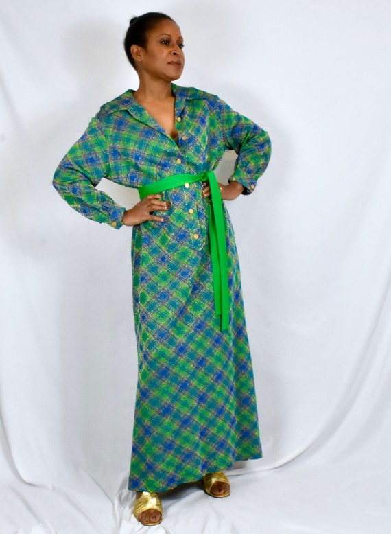Plus Size Vintage 1960s 1970s Bright Plaid Maxi Sh