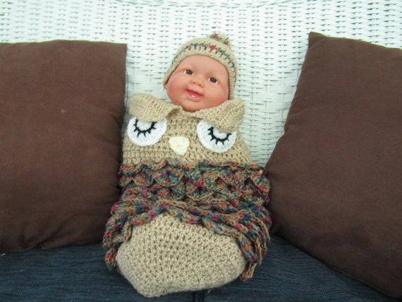 Hand Crochet Baby Bunting, Size - New Born To 3 Months