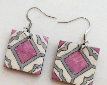 Talavera tile earrings purple, grey and beige. Polymer clay handpainted earrings symmetrical mexican tiles. Stainless stell earwire