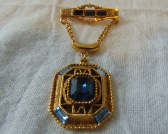 vintage 1928 co. brooch sapphire blue topaz crystals gold filligree dangle brooch antique style victorian revival