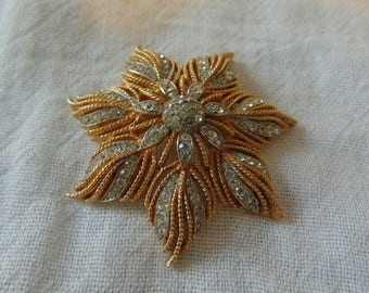 vintage crown trifari signed crystal brooch gold plated