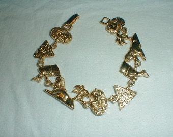 vintage gold plated egyptian motiff bracelet egyptian charms gold bracelet pharoh sphinx king tut pyramid bracelet egyptian jewelry