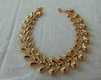 vintage trifari gold bracelet signed