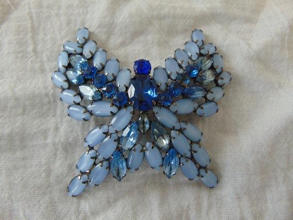 vintage huge butterfly brooch blue moonstone blue
