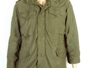 891f272c512 vtg 60s US Army Vietnam Era 1968 Sateen M-65 Field Jacket Coat OG 107 sz S  short