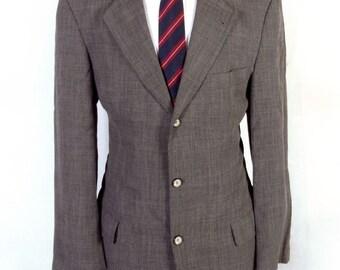 64d183735 euc Hugo Boss Gray Plaid Wool Viscose Batman Blazer Sportcoat 3 button 40 L