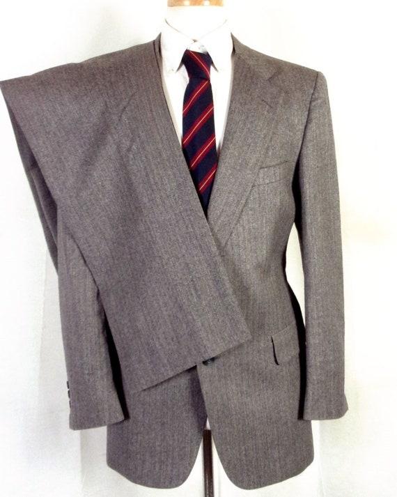 EUC Austin Reed gris rayé 100 % laine Tweed à chevrons deux Pc costume sz 40 R