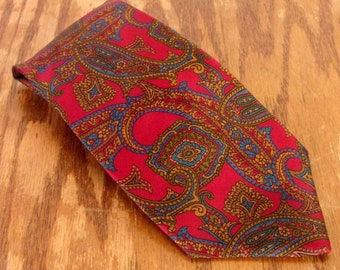 "vtg The Scotch House Red Paisley Pattern Men's Silk Tie Necktie 59"" 3.5"""