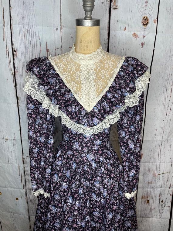1970s Gunne Sax Dress - image 3