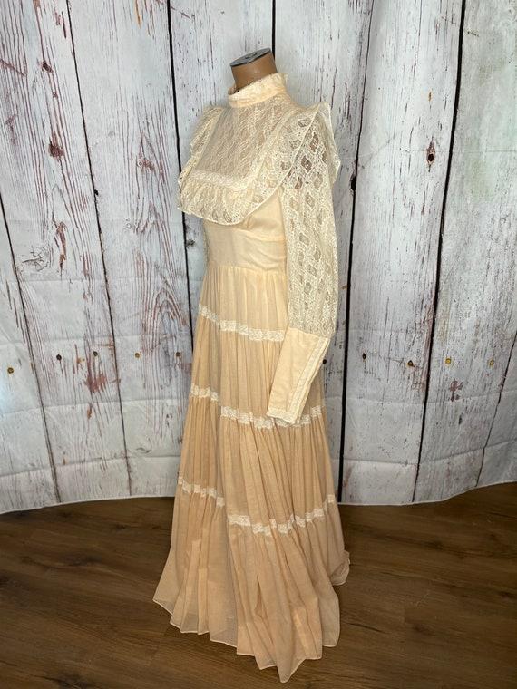 1970s Gunne Sax Prairie dress - image 2