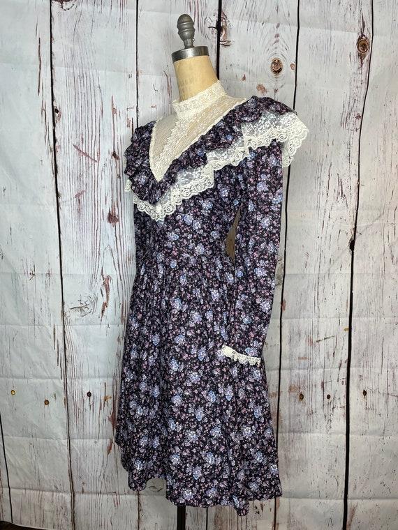 1970s Gunne Sax Dress - image 2