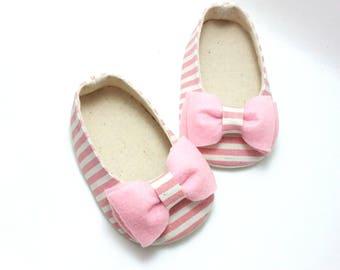2dedf3613 Baby Girl Shoes. Baby Booties. White Baby Girl Shoes. Black