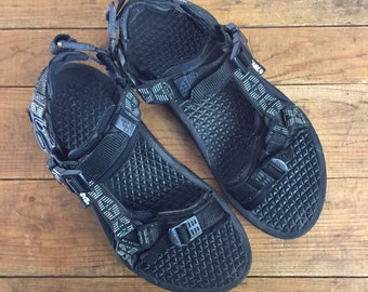 3ab9bb99833f Teva Sandals Woman s 10 Men s 8 Nylon Sporty 90 s Teva Black Gray Water  Shoes Beach Surf Hike Walking Sports Straps Sandal Casual Chill Y2K