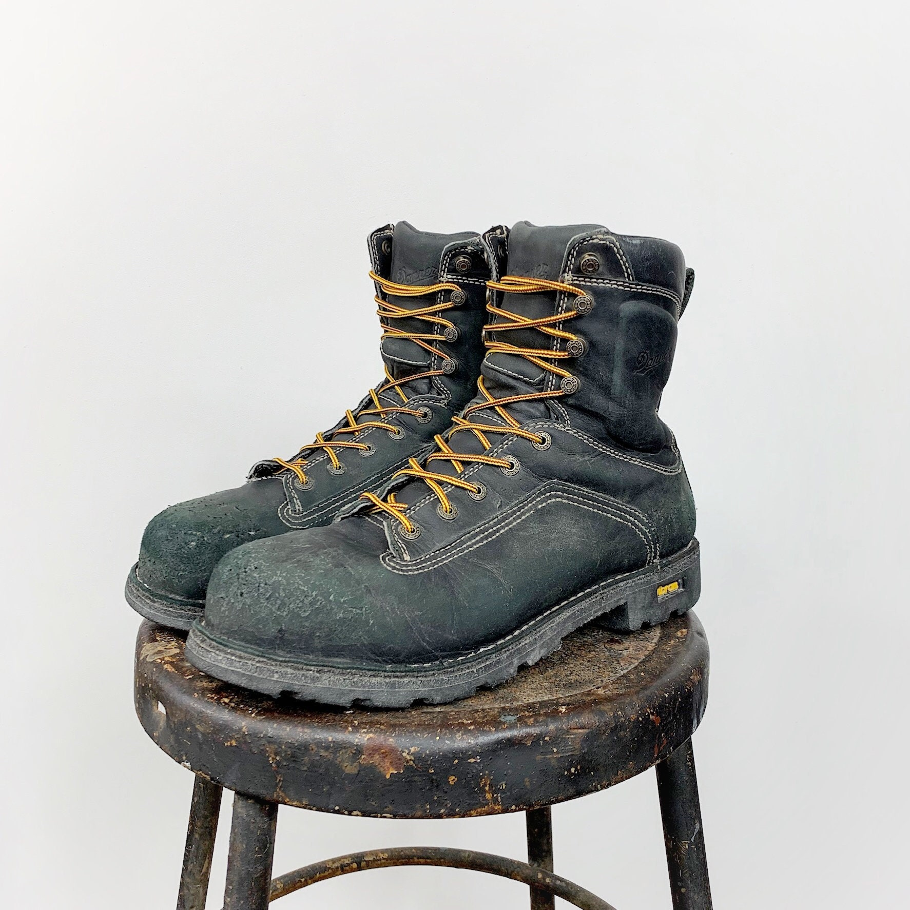 5c282adcdcd6b Danner Quarry Work Boots Men's 11.5 Women's 13.5 Lace Up Leather Grunge  Distressed Ankle Boot Combat Boot Round Toe Navy Blue