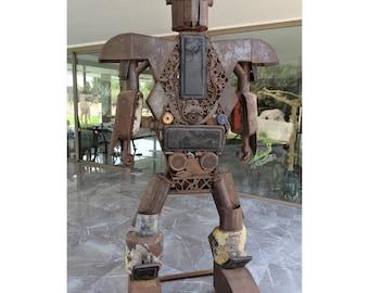 SCULPTURE ROBOT