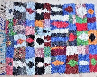 "210X160 Cm  6'10"" x 5'2"" T37209  Boucherouite rug Morocco wool carpet boucherouite visit our 900 choices at moroccan-berber-rugs.com"