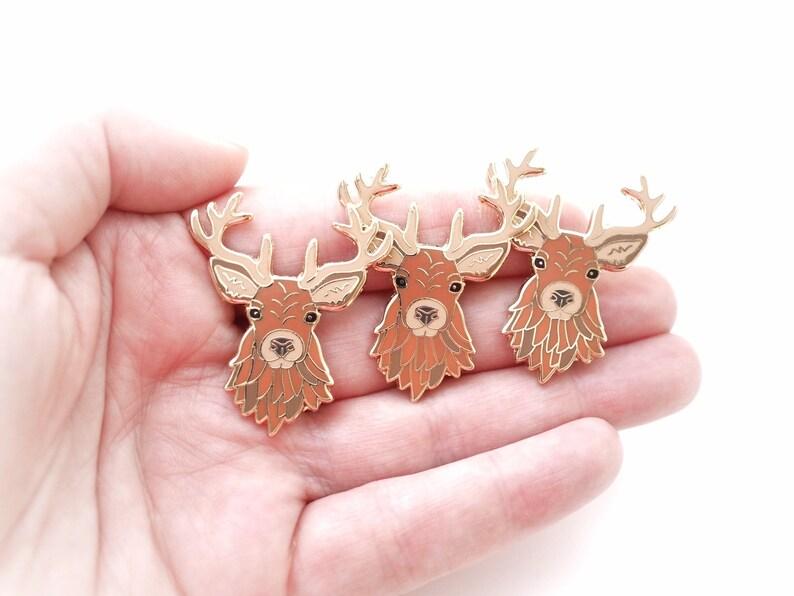Seconds pin stag enamel pin scottish wildlife deer animal image 0