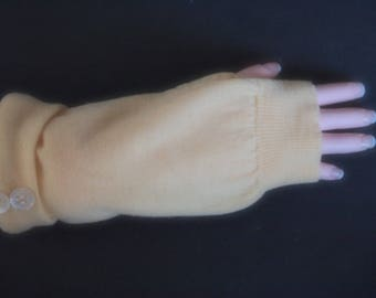 Fingerless Gloves Yellow Merino Wool Womens One Size Fits Most