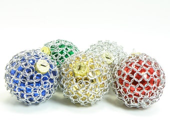 Christmas Tree Ornament Set Of 5 Glass And Chainmaille