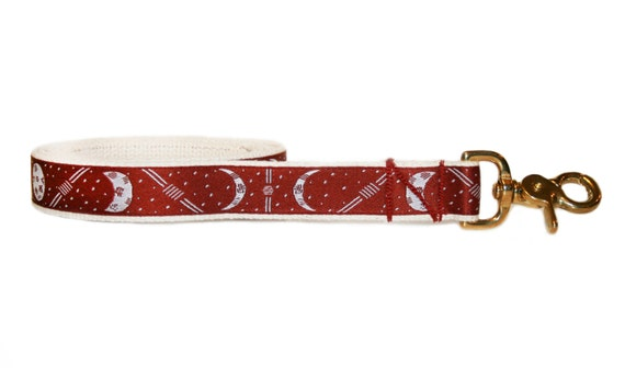 Casa De Muñecas Rojo Collar de perro y Correa de Plomo Hecho a Mano Miniatura Accesorios