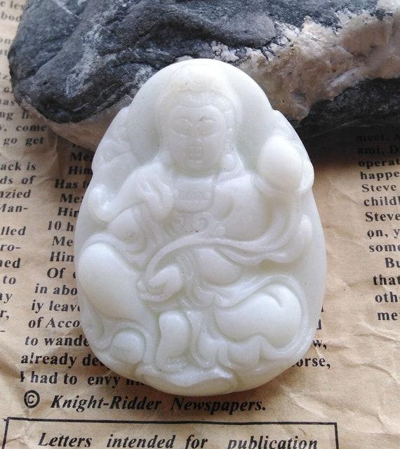 Carved Natural pink jade pendant Head Gemstone Bead Fish goldfish flower jade Cabochon bead oval Huanglong jade amulet pendant Link