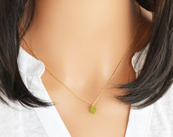 Raw Peridot Necklace, Birthstone Necklace, Dainty Raw Crystal Necklace, 14K Gold Filled Necklace, Gold Peridot (0500N-EM)