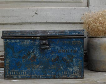 Rare Antique Blue Metal Bread Box Tin, Bread Saver, Bread Keeper, Primitive Antiques