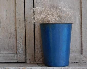 Vintage Blue Metal Sap Pail, Sap Bucket, Country Blue