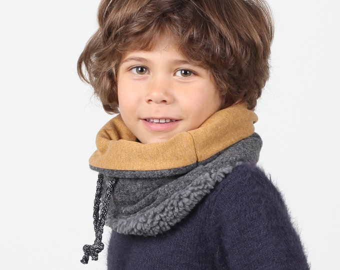 kids winter scarf or snood in chunky wool lined with soft cotton and faux lamb