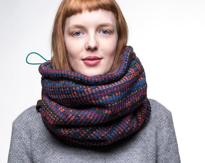 Colorful Nordic pattern cowl, geometric patterned cowl scarf in Italian wool