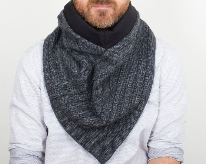 Outlet - 100% herringbone wool triangle scarf lined with thick cotton