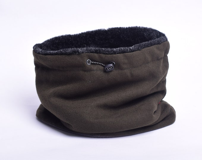 Outlet - Army green wool cowl scarf with faux fur lining
