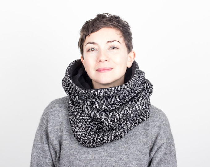 wool knit cowl scarf in herringbone with black cotton lining - Outlet
