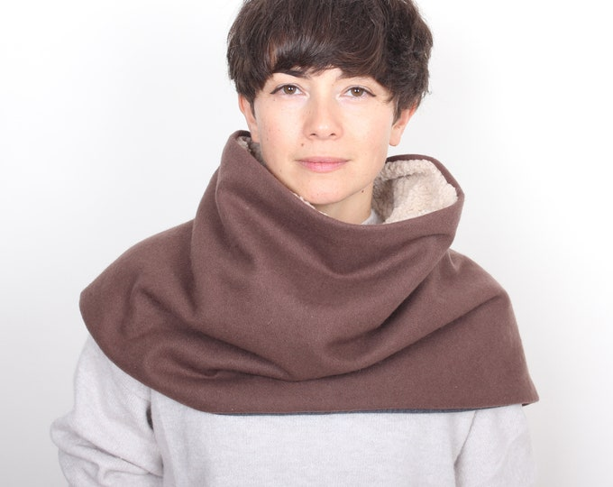 super thick wool tweed poncho or triangle scarf in pinkish brown - fully lined -  Outlet