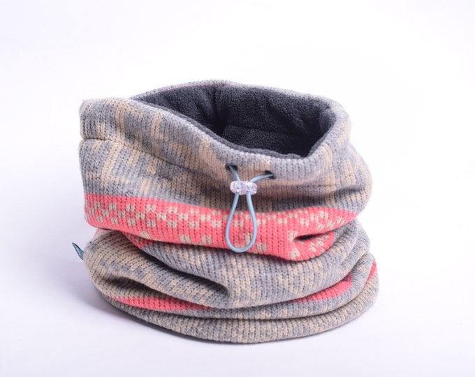 Outlet - Nordic christmas pattern wool blend knit cowl scarf with grey polar fleece lining, hooded cowl