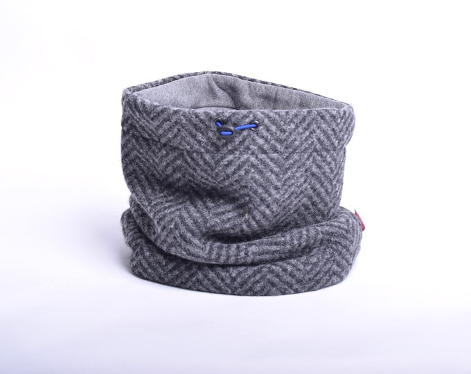 Outlet - herringbone knit wool cowl with grey cotton lining