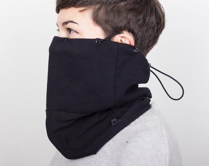 Organic cotton cowl mask with ear loops